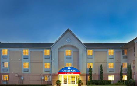 Candlewood Suites Dallas-by The Galleria Image