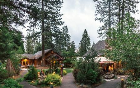 Evergreen Lodge At Yosemite Image