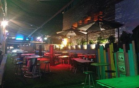 Rics Cafe And Bar Image