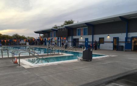Oro Valley Aquatic Center Image