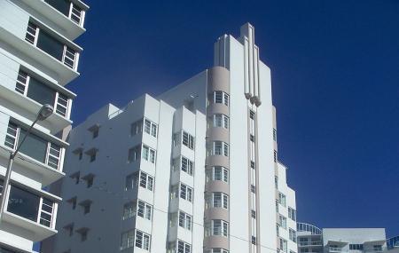 Courtyard Cadillac Miami Beach-oceanfront Image