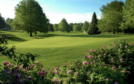 Willow Creek Golf Course Image