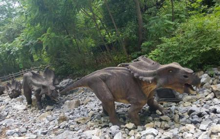 Dinosaurs Alive Allentown Ticket Price Timings Address Triphobo