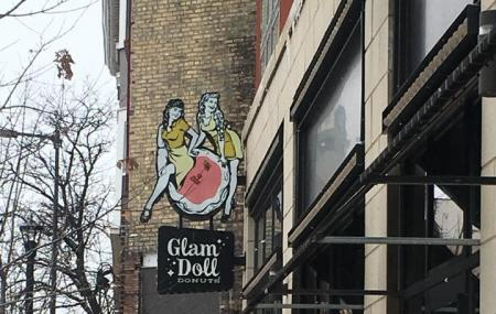 Glam Doll Donuts Image