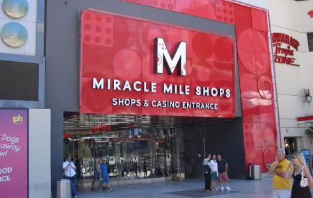 Miracle Mile Shops Image