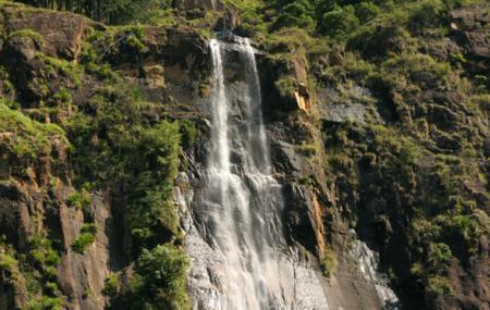 Bambarakanda Falls Image