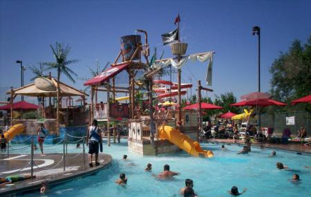Pirates Cove Family Fun Aquatic Center Image