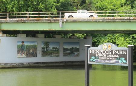 Henpeck Park Image