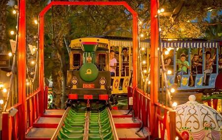 Pola Park Parque De Atracciones Santa Pola Image