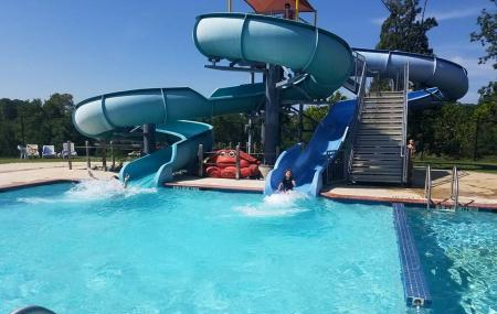 Cove Point Pool Image
