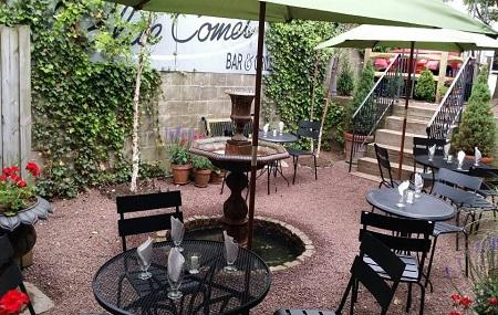 Blue Comet Bar & Grill Image