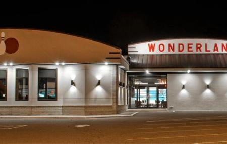 Wonderland Lanes Image