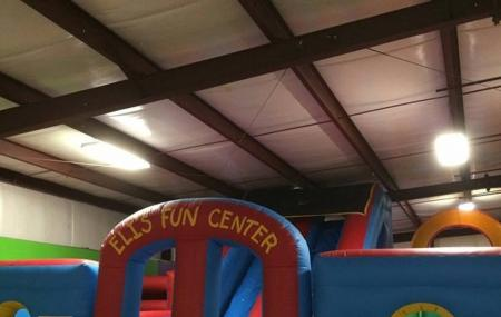 Eli's Fun Center Image