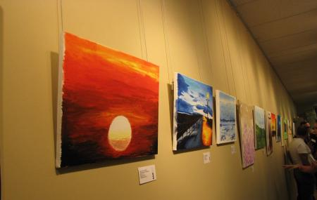 Steinbach Arts Council Hall Gallery Image