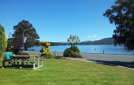Te Anau Lakefront Backpackers - Bbh Image