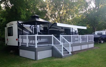 Mohawk Bay Trailer Park Image