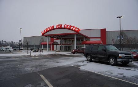 Larson Ice Center Image
