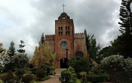 Caleruega Church Image