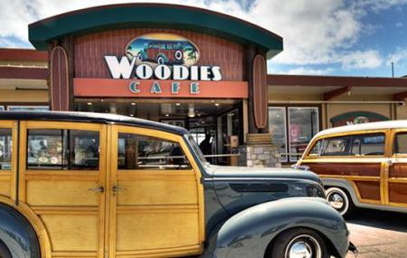 Woodies Cafe Image
