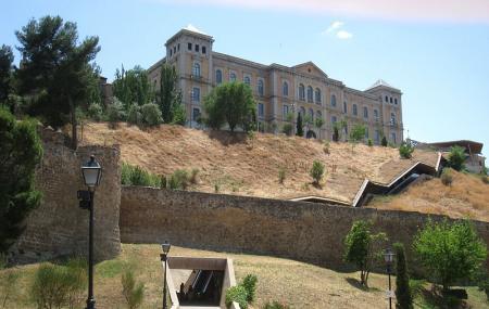Toledo Escalator Image