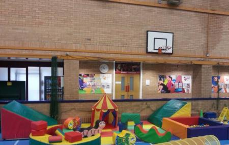 Newcastle Emlyn Leisure Centre Image