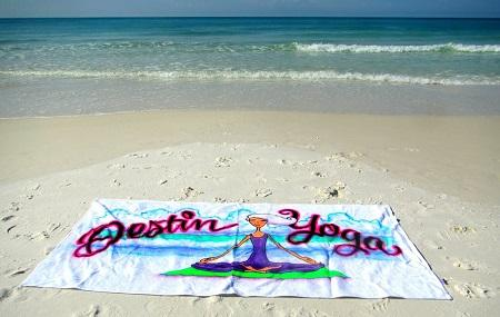 Destin Yoga By The Sea Image