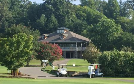 Brown Acres Golf Course Image