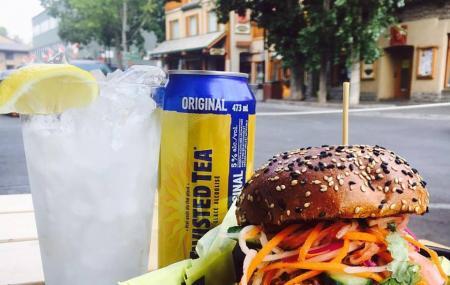 Eddie Burger Bar Image
