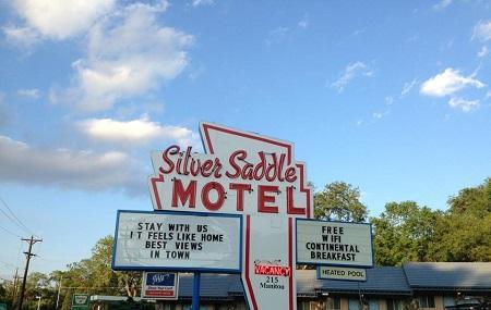 Silver Saddle Motel Image