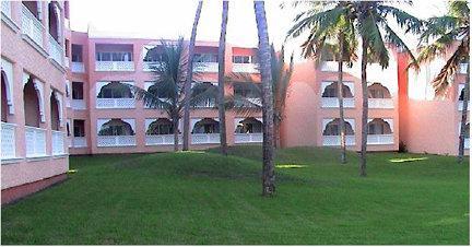 Club Sun N' Sand Beach Resort Image
