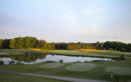 Mistwood Golf Course Image