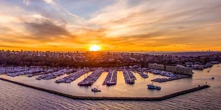 Bell Harbor Marina Image