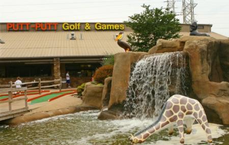 Putt-putt Fun Center Image