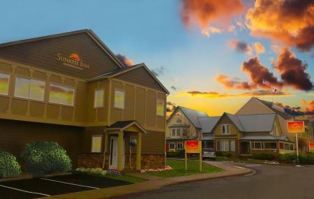 Sunrise Inn Villas And Suites Image