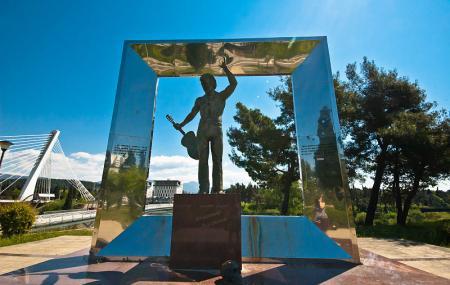Vladimir Vysotsky Monument Image