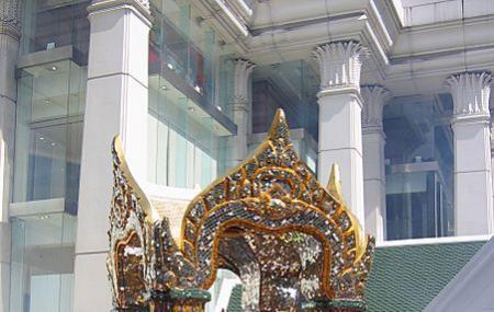 Erawan Shrine Image