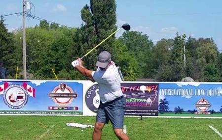 Stark's Golf Course Image