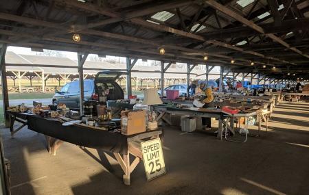 Renningers Antiques & Farmers Market Image