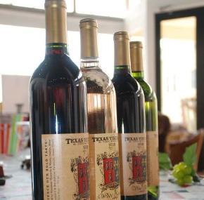 Texas Vineyard & Smokehaus Image