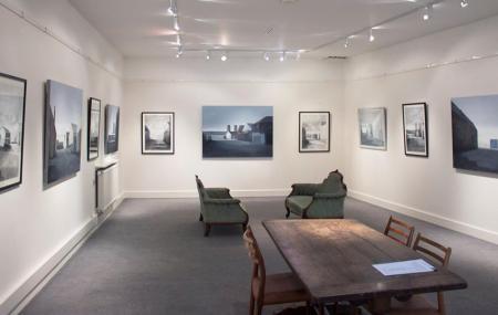 Mandell's Gallery Image