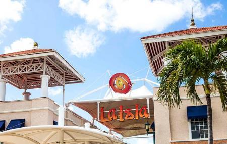 La Isla Shopping Center Image