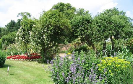Cotswold Wildlife Park And Gardens Image