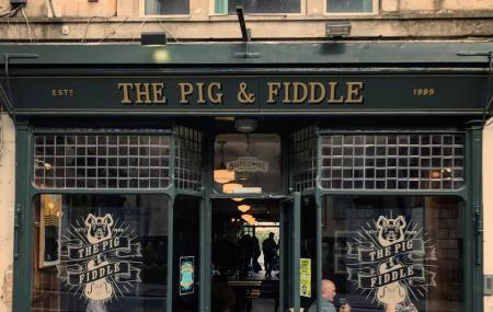 The Pig & Fiddle Image