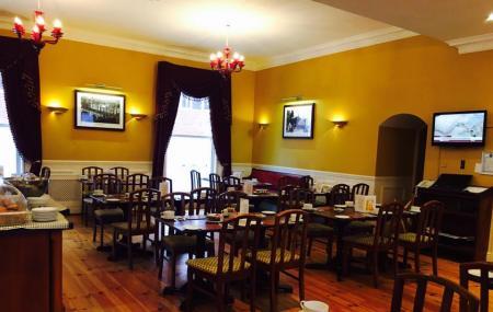 Dublin Central Inn Image