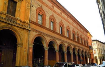 Felicini Palace Image
