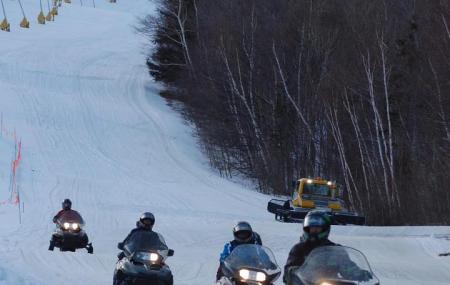 Stratton Snowmobile Tours Image