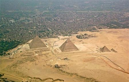 Giza Plateau Image