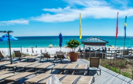 Barefoot's Beachside Bar & Grill Image
