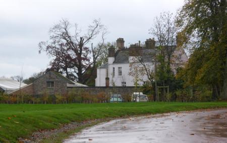 Woodlands Castle Image
