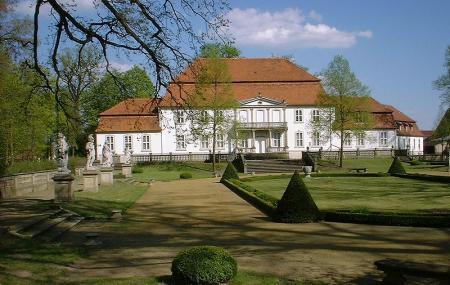 Kunstlerhaus Schloss Wiepersdorf Image